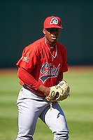 Peoria Chiefs pitcher Dewin Perez (41) throws in the outfield before a game against the Lansing Lugnuts on June 6, 2015 at Cooley Law School Stadium in Lansing, Michigan.  Lansing defeated Peoria 6-2.  (Mike Janes/Four Seam Images)