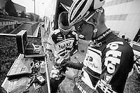 Milan-San Remo preparations..the day before.Greg Henderson teaching Lars Bak how to make the 'Henderson Donut'