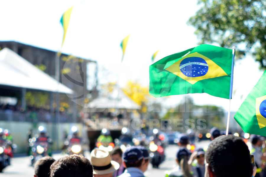 BRASILIA, DF – 07.09.2014 – DESFILE DA INDEPENDENCIA – 07 DE SETEMBRO – A presidente Dilma Rousseff durante o desfile em comemoração da Independência, na manhã deste domingo, 07 de setembro em Brasília. (Foto: Ricardo Botelho/Brazil Photo Press)