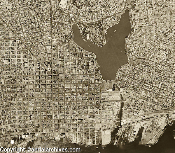 historical aerial photograph Oakland, California 1946