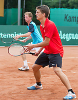 2013-08-17, Netherlands, Raalte,  TV Ramele, Tennis, NRTK 2013, National Ranking Tennis Champ,  Sander Arends(r) and Jannick Lupescu<br />