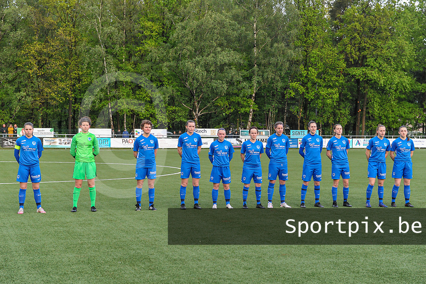 line-up KRC Genk ( Sien Vandersanden (10) , goalkeeper Maren van Wijngaarden (50) , Lotte Van Den Steen (15) , Sterre Gielen (14) , Fleur Pauwels (66) , Silke Sneyers (2) , Lorene Martin (6) , Gwen Duijsters (13) , Jorien Voets (20) , Luna Vanhoudt (43) , Emily Steijvers (33) ) pictured before a female soccer game between Sporting Charleroi and Eendracht Aalst on the 8th matchday in play off 2 of the 2020 - 2021 season of Belgian Scooore Womens Super League , tuesday 18 th of May 2021 in Marcinelle , Belgium . PHOTO SPORTPIX.BE | SPP | STIJN AUDOOREN