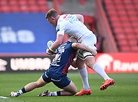 23rd April 2021; Ashton Gate Stadium, Bristol, England; Premiership Rugby Union, Bristol Bears versus Exeter Chiefs; Jacques Vermeulen of Exeter Chiefs looks for an offload out of the tackle from Sam Bedlow of Bristol Bears