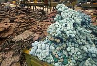 - Cadauta company, rough recycled plastic warehouse....- ditta Cadauta, magazzino plastica grezza riciclata