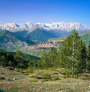 Greece, Epirus, Metsovo: small town in the very east of region Epirus | Griechenland, Epirus, Metsovo: Kleinstadt im Osten der griechischen Region Epirus