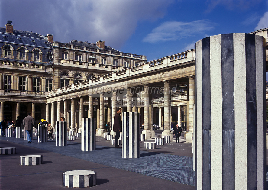 Europe/France/Ile-de-France/75001/Paris: Palais Royal - Les Colonnes de Buren
