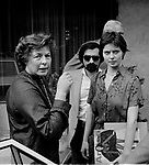 INGRID BERGMAN CON ISABELLA ROSSELLINI E MARTIN SCORSESE<br /> HOTEL EDEN ROMA 1978