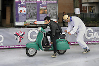 - Lombardia, Festa di Maggio, fiera di Gavardo e Vallesabbia (Brescia), esposizione annuale delle attività artigianali e produttive del territorio; raduno del locale Vespa club<br />