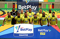 BUCARAMANGA - COLOMBIA, 07-11-2020: Jugadores de Atletico Bucaramanga posan para una foto antes de partido entre Atletico Bucaramanga y Jaguares de Cordoba F. C., de la fecha 18 por la Liga BetPlay DIMAYOR 2020, jugado en el estadio Alfonso Lopez de la ciudad de Bucaramanga. / Players of Atletico Bucaramanga pose for a photo prior a match between Atletico Bucaramanga and Jaguares de Cordoba F. C., of the 18th date for the BetPlay DIMAYOR League 2020 at the Alfonso Lopez stadium in Bucaramanga city. / Photo: VizzorImage / Jaime Moreno / Cont.