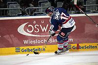 Christoph Ullmann (Adler)<br /> Adler Mannheim vs. Straubing Tigers, SAP Arena<br /> *** Local Caption *** Foto ist honorarpflichtig! zzgl. gesetzl. MwSt. <br /> Auf Anfrage in hoeherer Qualitaet/Aufloesung. Belegexemplar an: Marc Schueler, Am Ziegelfalltor 4, 64625 Bensheim, Tel. +49 (0) 6251 86 96 134, www.gameday-mediaservices.de. Email: marc.schueler@gameday-mediaservices.de, Bankverbindung: Volksbank Bergstrasse, Kto.: 151297, BLZ: 50960101