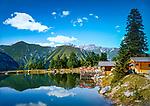 Oesterreich, Tirol, Tuxertal, oberhalb Madseit: Grieralm am Griersee | Austria, Tyrol, Tuxer Valley, above Madseit: alpine pasture hut Grieralm at Grier Lake