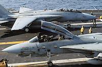 "- F 14 ""Tomcat"" fighter aircraft on Nimitz aircraft carrier....- aerei da caccia F 14 ""Tomcat"" a bordo della portaerei Nimitz.."