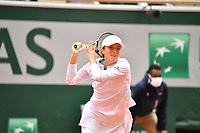 8th October 2020, Roland Garros, Paris, France; French Open tennis, Roland Garros 2020;  Swiatek (Pol)