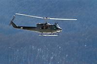 - winter training of Alpini mountain troops at Roccaraso, AB 205 helicopter....- addestramento invernale degli Alpini a Roccaraso, elicottero AB 205