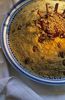 """Europe/France/Ile-de-France/Paris: Restaurant """"La Mansouria"""" - Service des couscous - Couscous dessert  // Europe / France / Ile-de-France / Paris: Restaurant """"La Mansouria"""" - Couscous service - Couscous dessert"""