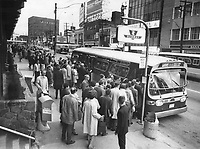 Line-ups of passengers wait for buses at Eglinton subway terminal this morning after two cars of an empty subway train jumped the rails; blocking the line. Buses shuttled thousdands of passengers around the blocked section of track.<br /> <br /> Photo : Boris Spremo - Toronto Star archives - AQP