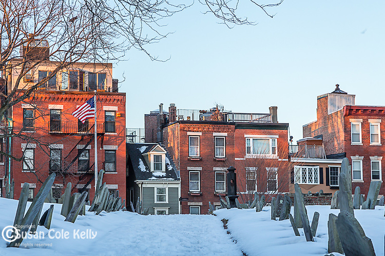 """Copp's Hill Burial Ground and """"the skinny house"""" in the North End of Boston, Massachusetts, USA"""