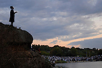 """UKRAINE, Uman, 2008/09..One of the most intensive moments of Rosh Hashanah takes place during """"Tashlich"""" or """"casting off'"""", when thousands of Hasidic pilgrims gather around a lake to pray and to symbolically """"cast their sins into the sea."""" Rosh Hashanah is a time for personal introspection and prayer..© Cyril Horiszny / EST&OST"""
