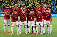 BARRANQUILLA – COLOMBIA, 09-09-2021: Jugadores de Chile (CHI) posan para una foto antes de partido entre los seleccionados de Colombia (COL) y Chile (CHI), de la fecha 9 por la clasificatoria a la Copa Mundo FIFA Catar 2022, jugado en el estadio Metropolitano Roberto Melendez en Barranquilla. / Players of Chile (CHI) pose for a photo prior a match between the teams of Colombia (COL) and Chile (CHI), of the 9th date for the FIFA World Cup Qatar 2022 Qualifier, played at Metropolitan stadium Roberto Melendez in Barranquilla. / Photo: VizzorImage / Jairo Cassiani / Cont.