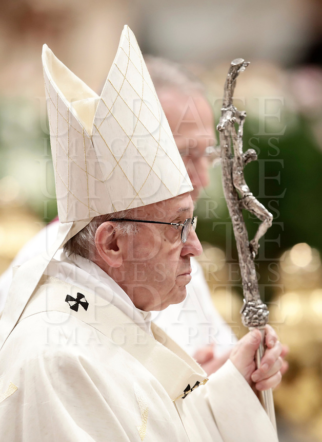 Pope Francis leaves after celebrating a mass on the occasion of the feast of Our Lady of Guadalupe (Madonna di Guadalupe) patroness of Latin America in Saint Peter's Basilica at the Vatican on December 12, 2017.<br /> UPDATE IMAGES PRESS/Isabella Bonotto<br /> <br /> STRICTLY ONLY FOR EDITORIAL USE