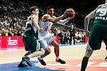 Basketball Real Madrid´s Ayon (C) and Zalgiris Kaunas´s Vene during Euroleague basketball match in Madrid, Spain. October 17, 2014. (ALTERPHOTOS/Victor Blanco)