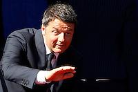 Il Presidente del Consiglio Matteo Renzi saluta al suo arrivo alla parata militare per la Festa della Repubblica, a Roma, 2 giugno 2015.<br /> Italian Premier Matteo Renzi waves as he arrives for the military parade on the occasion of the Republic Day in Rome, 2 June 2015.<br /> UPDATE IMAGES PRESS/Riccardo De Luca