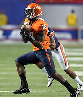 ATLANTA, GA - DECEMBER 31: Kris Burd #18 of the Virginia Cavaliers makes a catch during the 2011 Chick Fil-A Bowl against the Auburn Tigers at the Georgia Dome on December 31, 2011 in Atlanta, Georgia. Auburn defeated Virginia 43-24. (Photo by Andrew Shurtleff/Getty Images) *** Local Caption *** Kris Burd