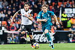 Luka Modric of Real Madrid (R) fights for the ball with Daniel Parejo Munoz of Valencia CF (L) during the La Liga 2017-18 match between Valencia CF and Real Madrid at Estadio de Mestalla  on 27 January 2018 in Valencia, Spain. Photo by Maria Jose Segovia Carmona / Power Sport Images