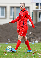 Martyna Rakowicz pictured during the warm up before a female soccer game between FC Femina White Star Woluwe and Sporting Charleroi on the 10 th matchday of the 2020 - 2021 season of Belgian Scooore Womens Super League , Saturday 19 th of December 2020  in Woluwe , Belgium . PHOTO SPORTPIX.BE | SPP | SEVIL OKTEM