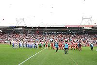 FC Twente - Standard Femina : De Grolsch Veste voor de wedstrijd<br /> foto DAVID CATRY / Nikonpro.be