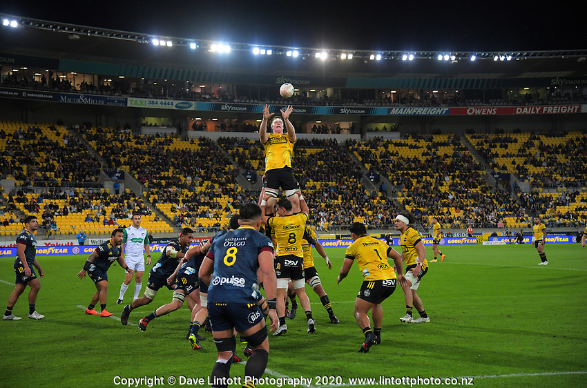 Hurricanes' James Blackwell takes lineout ball during the Super Rugby Aotearoa match between the Hurricanes and Highlanders at Sky Stadium in Wellington, New Zealand on Friday, 30 April 2020. Photo: Dave Lintott / lintottphoto.co.nz