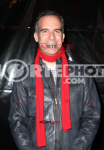 HOLLYWOOD, CA - NOVEMBER 26: Mayor Eric Garcetti, at 86th Annual Hollywood Christmas Parade at Hollywood Blvd in Hollywood, California on November 26, 2017. Credit: Faye Sadou/MediaPunch /NortePhoto NORTEPHOTOMEXICO
