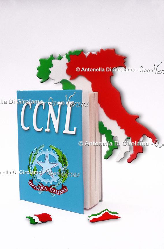 CCNL. Contratto collettivo nazionale di lavoro. Italian Collective bargaining....