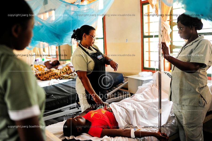 TANZANIA, Korogwe, village Kwalukonge, KWALUKONGE HEALTH CENTRE of catolic church / TANSANIA, Korogwe, KWALUKONGE HEALTH CENTRE, Krankenhaus der Rosminian Fathers und Usambara Sisters in Kwalukonge