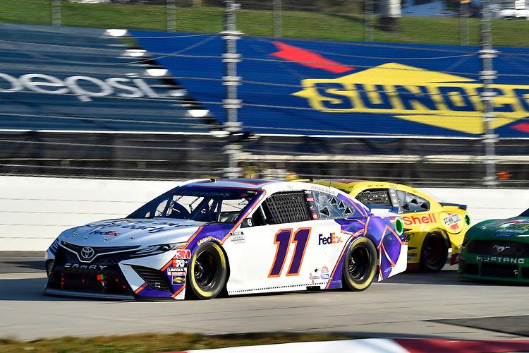 #11: Denny Hamlin, Joe Gibbs Racing, Toyota Camry FedEx Ground, #22: Joey Logano, Team Penske, Ford Mustang Shell Pennzoil