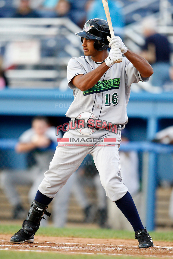 July 3, 2009:  Ernesto Manzanillo of the Jamestown Jammers at bat during a game at Dwyer Stadium in Batavia, NY.  The Jammers are the NY-Penn League Short-Season Class-A affiliate of the Florida Marlins.  Photo by:  Mike Janes/Four Seam Images