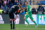 Atletico de Madrid's Jan Oblak (r) celebrates the victory in the Round of 16 of UEFA Champions League in presence of Bayer 04 Leverkusen's Stefan Kiessling dejected after the match.March 16,2015. (ALTERPHOTOS/Acero)
