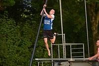 FIERLJEPPEN: GRIJPSKERK: 14-07-202, 1e klasse fierljeppen, ©foto Martin de Jong