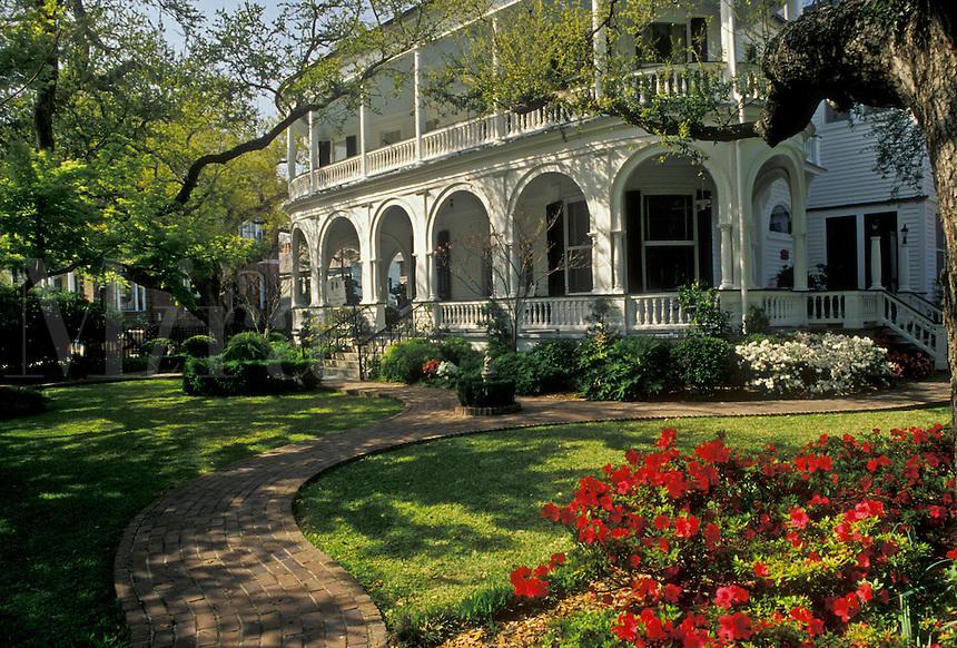 AJ3363, Charleston, Inn, hotel, spring in Charleston in the state of South Carolina.
