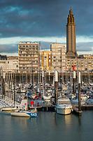 Europe/France/Normandie/76/Seine Maritime/   Le Havre : Le  Port de Plaisance et l' Hôtel de Ville // Europe / France / Normandy / 76 / Seine Maritime / Le Havre: The Port de Plaisance and the Town Hall