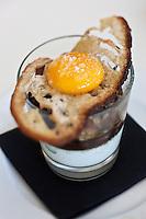 Europe/France/Rhône-Alpes/74/Haute-Savoie/Saint-Gervais Mont-Blanc: Oeufs meurette façon Petit Pierre, Restaurant:  Vertigo