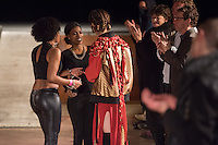 """Sozialarbeit trifft Streetwear<br /> Die Berliner Jugendhilfe-Organisation """"Neue Chance"""" und das Amsterdamer Streetwear-Label """"Rambler"""" veranstalteten am Dienstag den 20. Januar im Astra Kulturhaus eine gemeinsame Fashion Show. Praesentiert wurden Streetwear-Designs, die kreative junge Klientinnen und Klienten der """"Neuen Chance"""" gemeinsam mit professionellen Designern von Rambler entwickelt haben. Bis zu 500 Gaeste aus Jugendhilfe, Verwaltung, Sozialpolitik und Modebranche aus Berlin und Amsterdam sahen eine Modenschau, die nicht auf Profit aus war.<br /> Im Bild: Die Desingerinnen und Designer aus Amsterdamm und Berlin werden gefeiert.<br /> 20.1.2015, Berlin<br /> Copyright: Christian-Ditsch.de<br /> [Inhaltsveraendernde Manipulation des Fotos nur nach ausdruecklicher Genehmigung des Fotografen. Vereinbarungen ueber Abtretung von Persoenlichkeitsrechten/Model Release der abgebildeten Person/Personen liegen nicht vor. NO MODEL RELEASE! Nur fuer Redaktionelle Zwecke. Don't publish without copyright Christian-Ditsch.de, Veroeffentlichung nur mit Fotografennennung, sowie gegen Honorar, MwSt. und Beleg. Konto: I N G - D i B a, IBAN DE58500105175400192269, BIC INGDDEFFXXX, Kontakt: post@christian-ditsch.de<br /> Bei der Bearbeitung der Dateiinformationen darf die Urheberkennzeichnung in den EXIF- und  IPTC-Daten nicht entfernt werden, diese sind in digitalen Medien nach §95c UrhG rechtlich geschuetzt. Der Urhebervermerk wird gemaess §13 UrhG verlangt.]"""