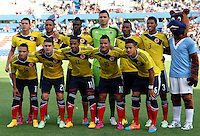 MONTEVIDEO - URUGUAY - 29-01-2015: Los jugadores de Colombia, posan para una foto durante partido del Sudamericano Sub 20 entre los seleccionados de Colombia y Argentina en el estadio Parque Central de la ciudad de Montevideo. / The players of Colombia, pose for a photo during the match for the Sudamericano U 20 between the teams of Colombia and Argentina in the Parque Central stadium in Montevideo city,  Photo: Andres Gomensoro  / Photosport / VizzorImage.
