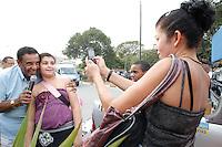 ATENCAO EDITOR: FOTO EMBARGADA PARA VEICULOS INTERNACIONAIS<br /> SAO PAULO, SP, 04 OUTUBRO 2012 - O candidato a vereador Angnaldo Timoteo durante caminhada pela Vila Sabrina Zona Norte de Sao Paulo SP<br /> FOTO: POLINE LYS - BRAZIL PHOTO PRESS