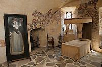 Europe/France/Aquitaine/24/Dordogne/Jumilhac-le-Grand: Château de Jumilhac - Chambre de la Fileuse, Louise de Hautefort, incarcérée pendant 30 ans dans le donjon féodal.