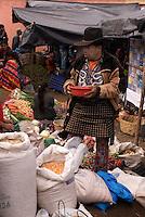 Markt der indigenen Quiche in Chicua bei Chichicastenango, Guatemala