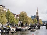 Gracht Oudeschans und Montelbaanstoren, Amsterdam, Provinz Nordholland, Niederlande<br /> Gracht Oudeschans und Montelbaanstoren, Amsterdam, Province North Holland, Netherlands