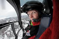 Åge Kirkestuen, redningsmann. <br /> <br /> Norwegian Air Ambulance helicopter and crew.