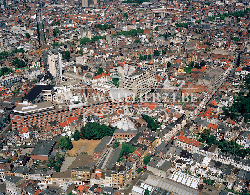 Augustus 1995. Belltoren in Antwerpen.