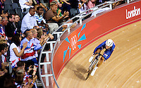 06 AUG 2012 - LONDON, GBR - Sarah Hammer (USA) of the USA warms up for her Flying Lap during the first day of the Women's Omnium in the London 2012 Olympic Games track cycling at the Olympic Park Velodrome in Stratford, London, Great Britain .(PHOTO (C) 2012 NIGEL FARROW)